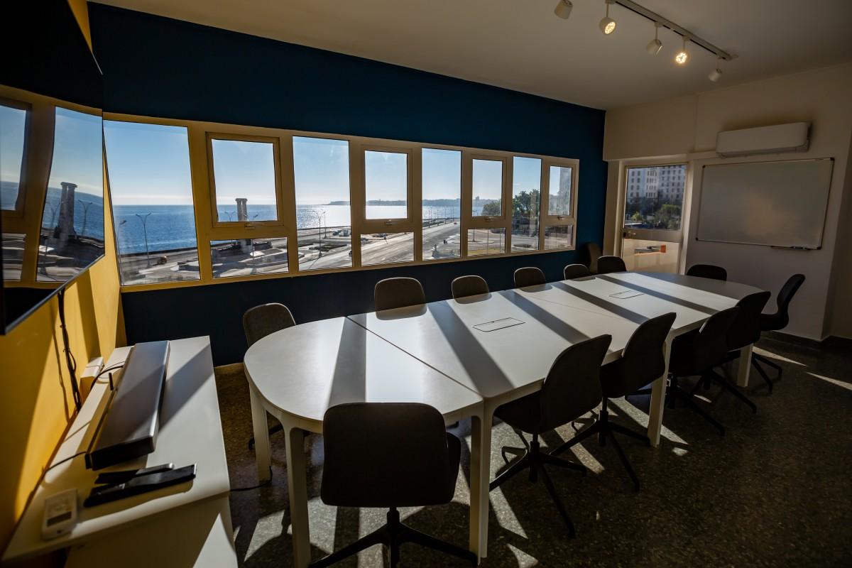 salon reuniones y mar